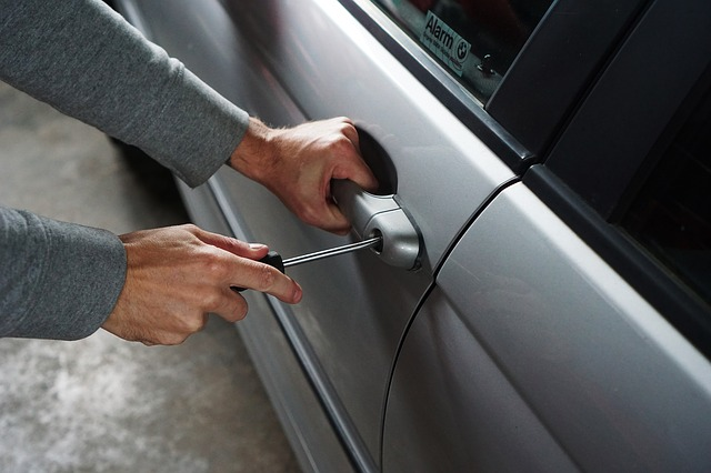 Comment dégeler la serrure d'une voiture ?